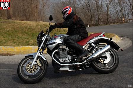 moto guzzi 750 ie breva moto magazine leader de l actualit de la moto et du motard. Black Bedroom Furniture Sets. Home Design Ideas