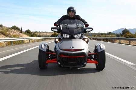 Can-Am Spyder F3T : silhouette atypique