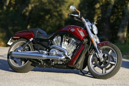Essai Harley V-Rod Muscle : look dragster