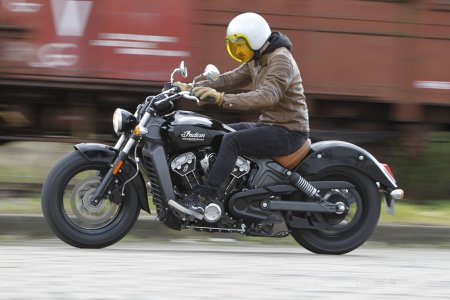 Indian Scout : position custom