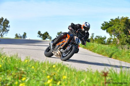 KTM 1290 super duke R 2020 dynamique test routier roadster