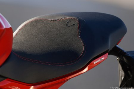 Ducati Supersport : selle large