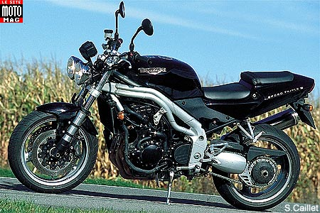 Triumph Speed Triple 955i : béquille