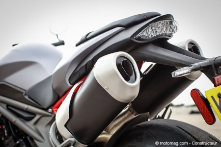 Triumph Speed Triple 1050 R : son jouissif