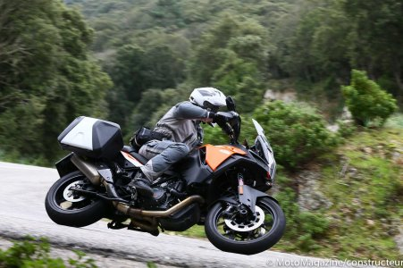 KTM Super Adventure 1290 S : valises en option