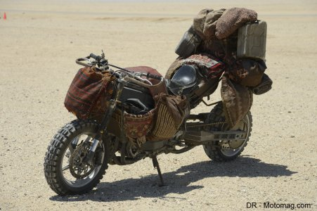 Mad Max Fury Road : des motos chameaux