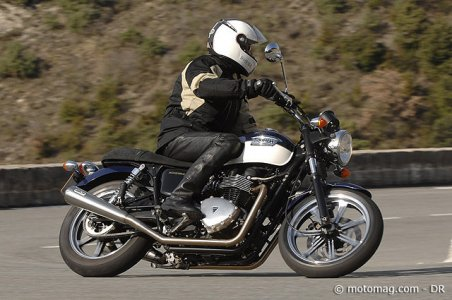 Triumph 900 Bonneville SE : version