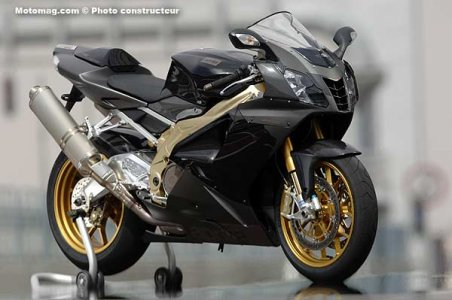 Aprilia 1000 RSV : version Factory