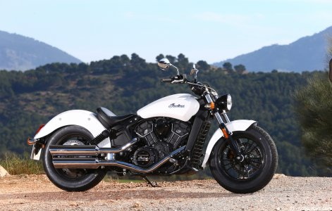 Indian Scout Sixty : néorétro