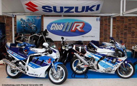 Salon Moto Légende 2015 : stand du Club 11 R