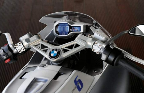 BMW Concept 6 cafe racer guidon {JPEG}