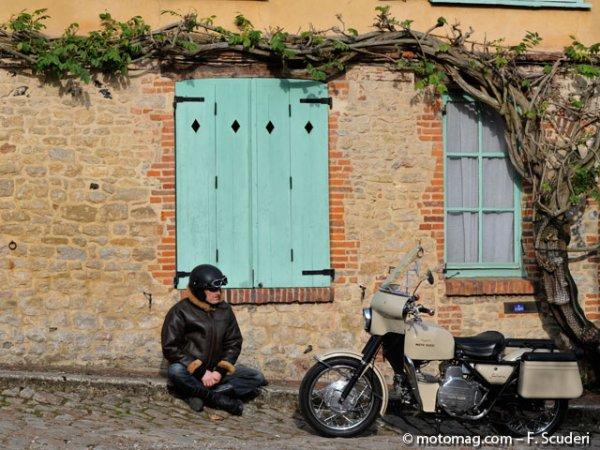 moto guzzi nuovo falcone 500 sahara moto magazine leader de l actualit de la moto et du motard. Black Bedroom Furniture Sets. Home Design Ideas