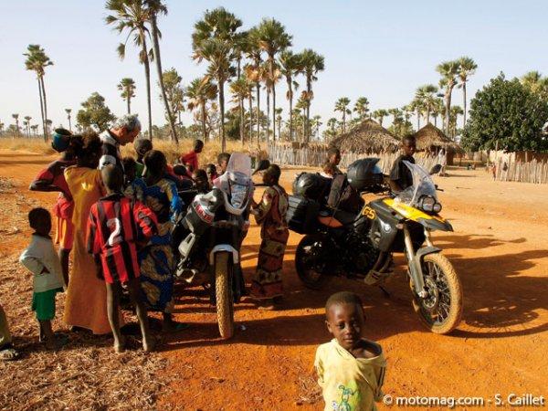 """Résultat de recherche d'images pour """"ROUTES :Sénégal, la piste rouge du Sine-Saloum"""""""