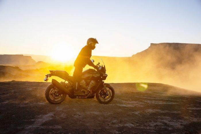 La Harley 1250 Pan America à partir de 15 990 € 201482_pan-am_ra1250_04244-0d1fb
